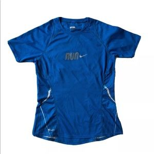 NIKE Fit Dry Running Shirt in Blue, Size XS.